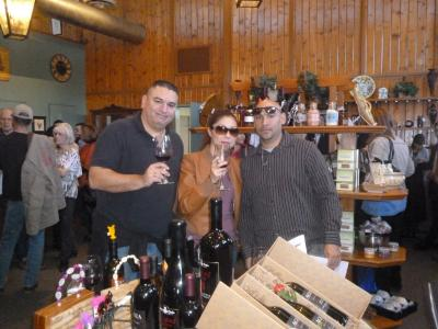 Wine pick up party & Tour group 008